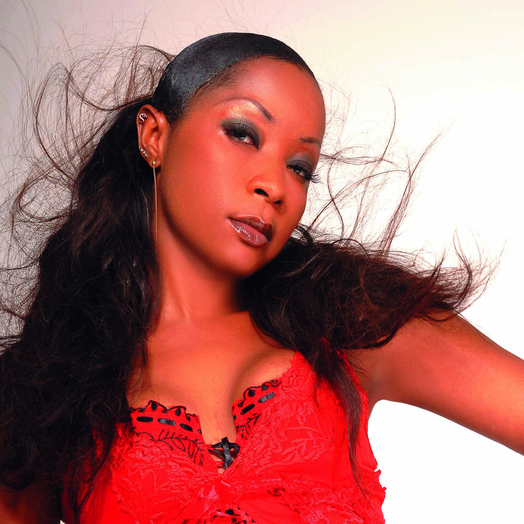 L'artiste camerounaise Ange Bagnia signe son Comeback
