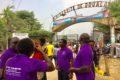 Douala le lundi 8 février 2021. Quelques membres du Syndicat national des enseignants du supérieur (Synes) à l'entrée du campus 1 de l'université de Douala. Photo: Moustapha Oumarou