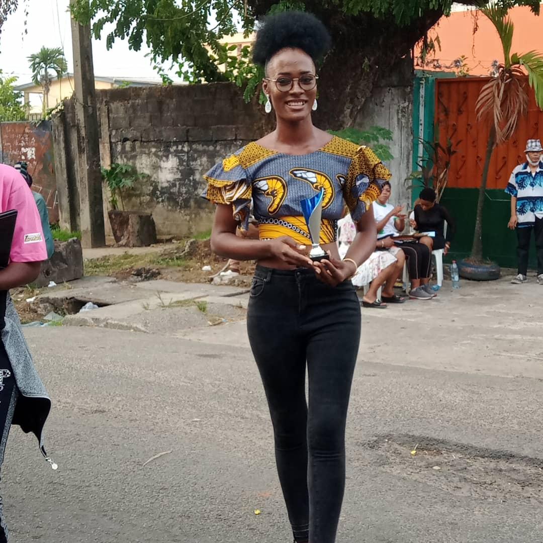 Gabrielle Meguwele Fouda, la lauréate du concours de jeunes stylistes. Photo: Hermine Ndolo Enangue