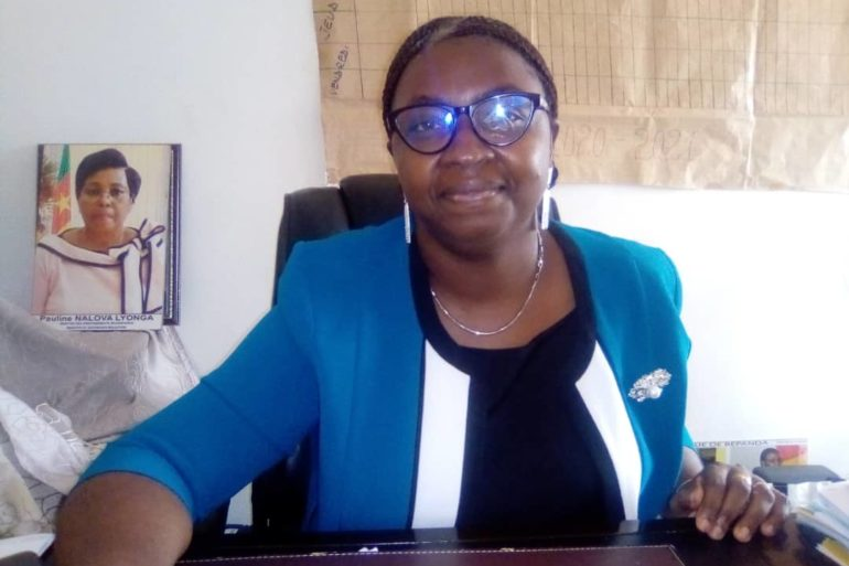 Thamar Eboa Ndengue, proviseur lycée bilingue de Bépanda. Crédit Photo: Mathias Mouendé Ngamo