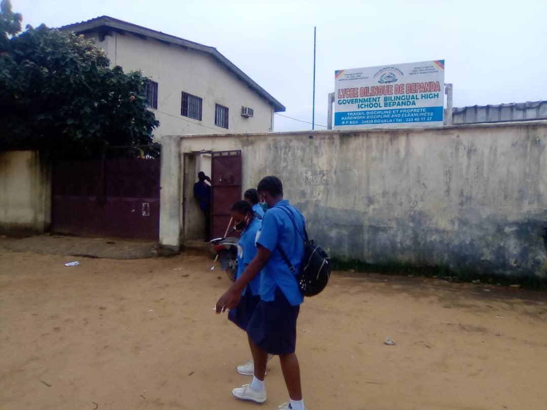 Douala le 28 avril 2021. Une vue du lycée bilingue de Bépanda. Crédit photo: Mathias Mouendé Ngamo