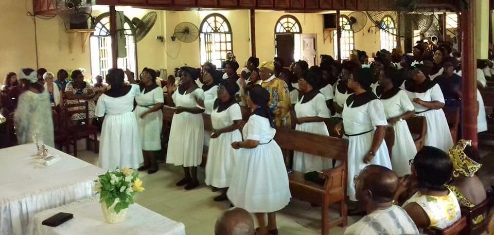 les femmes dans une église au Cameroun (photo d'archives)