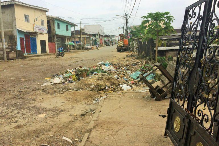 Douala, dimanche 17 octobre 2021, la poubelle dans laquelle le corps sans vie a été découverte